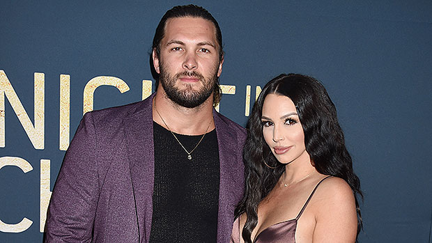 Scheana Shay &Amp; Brock Davies' Romantic Historical Past: From Relationship To Child To Getting Engaged