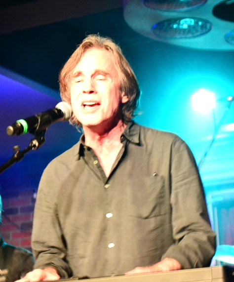 """Jackson Browne opening up with """"That Girl Could Sing"""""""