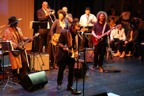 Doyle Bramhall II at the Johnny Guitar Watson Tribute with the Master Phonk House Band. Photo by the Hollywood Press Corps