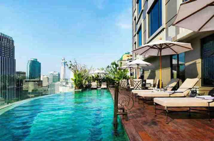 高級ホテル プール