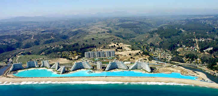 世界一大きいプール チリ