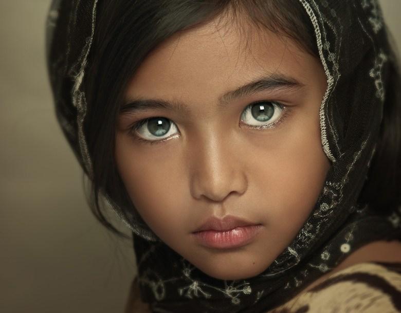 緑の目 緑の瞳