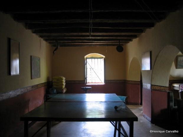 Mesa de Ping Pong no porão