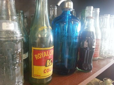 Old Bottles @ Alan's Art and Collectibles
