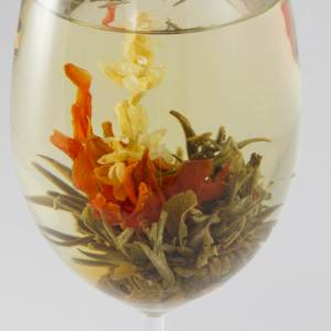 3 Autumn lily blooming tea balls, flowers tea, white tea, Flowering tea, blooming flowers, tea gift for her, handmade, girlfriend gift