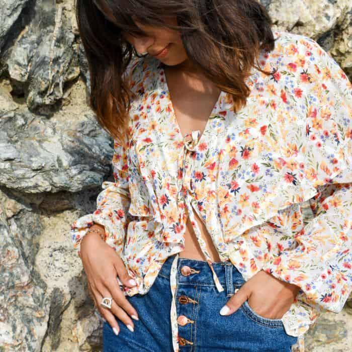 blouse a nouettes et fleur