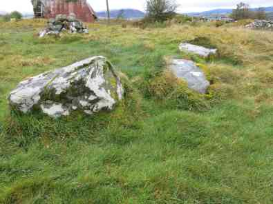 Central stones
