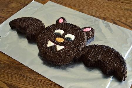 Bat Cut-Up Cake   Homan at Home