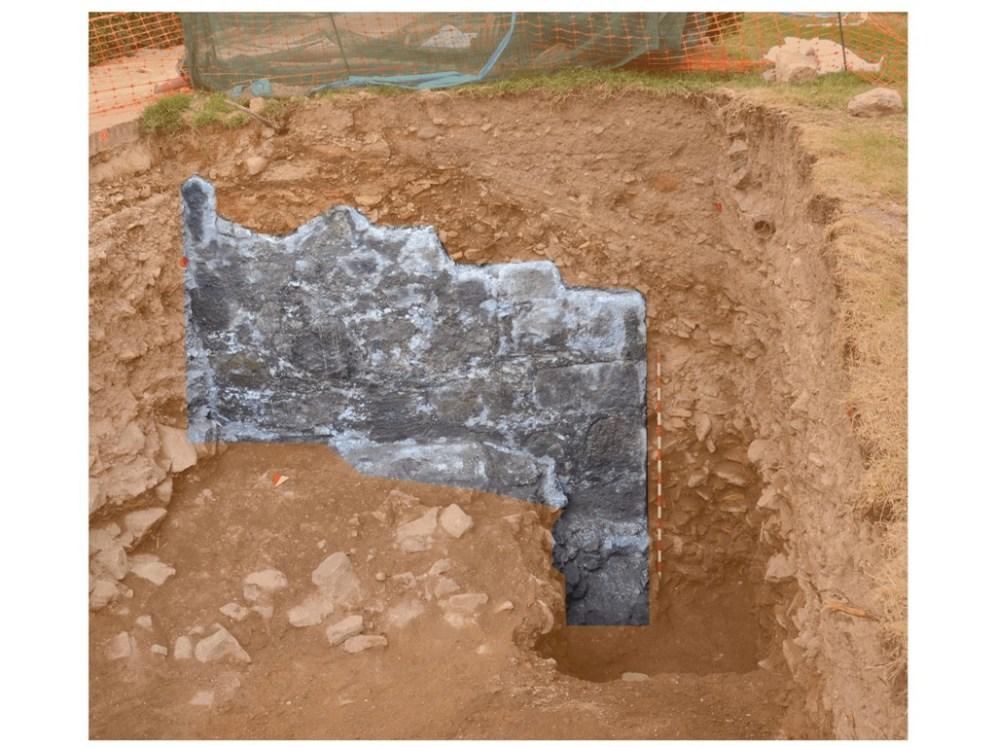 muralla juderia Excavacion hombredepalo