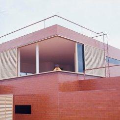 Casa Guzmán, A. de la Sota. Madrid. (1972)