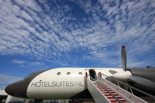 Hotel de lujo en un avión - exterior