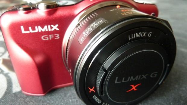 Panasonic Lumix DMC-GF3X roja