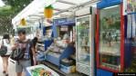 Un kiosko de diarios / fruta / comida en Singapur