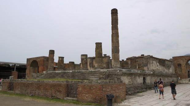 El foro Romano en Pompeya