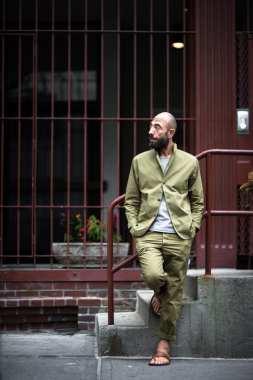 moda en la calle verde militar (4)