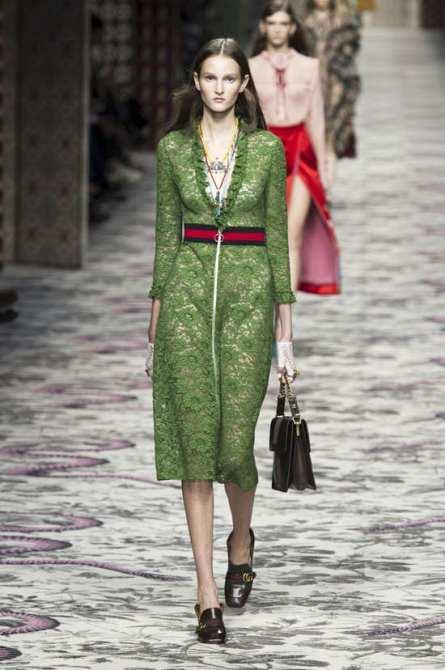 Rihanna-GOTSNYC-Street-Style-Fashion-Gucci-Finnlay-Shoes-Dior-Diorever-Bag-Tom-Lorenzo-Site-7