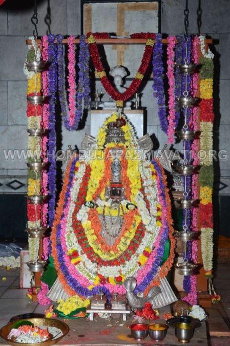 Hombuja-Jain-Math-Okali-17-Annual-Rathayatra