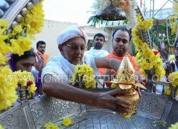 Bimba Shuddhi of Parshwanath Swamy idol.