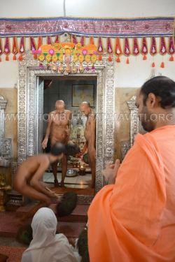 Humcha-Hombuja-Jain-Math-Muni-Chandraguptasagar-Suheshsagar-Sangh-Mangala-Pravesha-0014