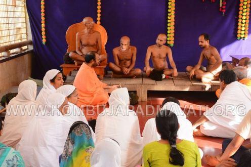 Humcha-Hombuja-Jain-Math-Muni-Chandraguptasagar-Suheshsagar-Sangh-Mangala-Pravesha-0018