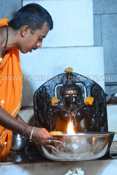 Humcha_Hombuja_2017_Shravanamasa_Pooja_4th_Friday_18-8-2017_0024