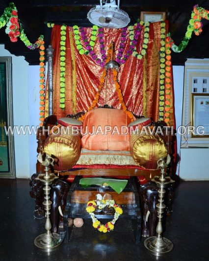 Hombuja-Jain-Math-Humcha-Navarathri-Dasara-Celebrations-Pooja-Day-05-0006