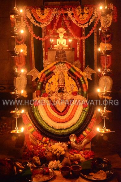 Hombuja-Jain-Math-Humcha-Navarathri-Dasara-Celebrations-Pooja-Day-06-0014