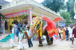 Hombuja-Jain-Math-Humcha-Navarathri-Dasara-Celebrations-Pooja-Day-09-0009