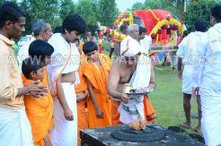 Hombuja-Jain-Math-Humcha-Navarathri-Dasara-Celebrations-Pooja-Day-10-Banni-Mantapa-0016