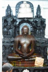 Hombuja-Humcha-Parshwanath-Padmavati-Temple-Deepotsava-0005