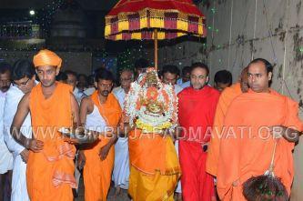 Hombuja-Humcha-Parshwanath-Padmavati-Temple-Deepotsava-0016