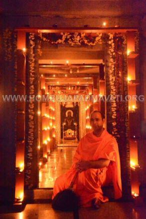 Hombuja-Humcha-Parshwanath-Padmavati-Temple-Deepotsava-0025