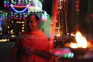 Hombuja-Humcha-Parshwanath-Padmavati-Temple-Deepotsava-0027
