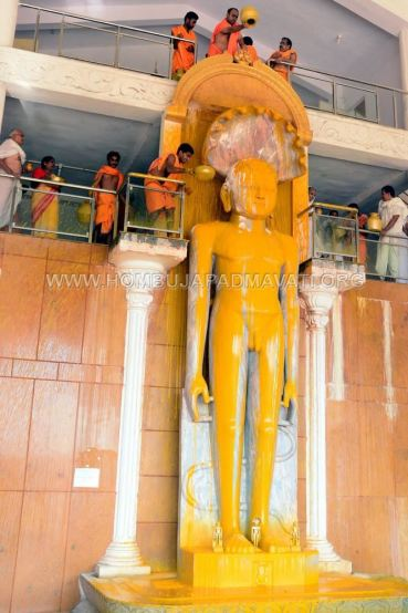 Guddadada-Parshwanath-Basadi-Jain-Temple-Abhisheka-Humcha-Hombuja-Jain-Math-18th-March-2018-0012