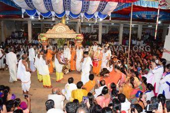 Hombuja-Humcha-Jain-Math-Rathyatra-Evening-0027