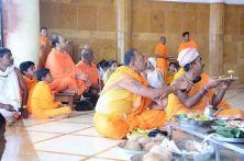 Humcha-Hombuja-Jain-Math-Rathotsava-Day-05-Guddada-Basadi-Parshwanath-Tirthankar-Abhisheka-0005