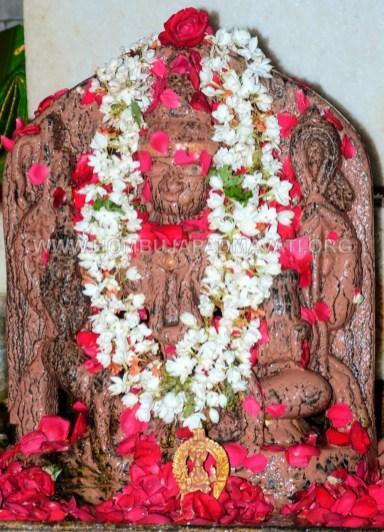 Hombuja-2018-Shravanamasa-Pooja-4th-Friday-07-09-2018-0012