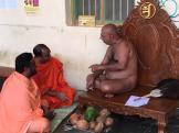 Jain-Muni-Acharya-Sri-Vardhamansagarji-Maharaj-Invited-to-Humcha-Hombuja-by-Deevendrakeerthi-Swamiji-0002