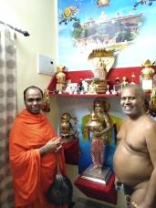 Jain-Muni-Acharya-Sri-Vardhamansagarji-Maharaj-Invited-to-Humcha-Hombuja-by-Deevendrakeerthi-Swamiji-0005
