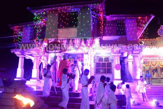 Navaratri-Dasara-Hombuja-Humcha-Jain-Math-2018-Day-01-0018