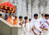 Navaratri-Dasara-Hombuja-Humcha-Jain-Math-2018-Day-05-0011