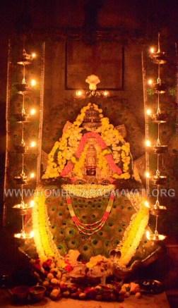 Navaratri-Dasara-Hombuja-Humcha-Jain-Math-2018-Day-05-0022