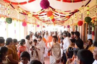 Navaratri-Dasara-Hombuja-Humcha-Jain-Math-2018-Day-07-0012