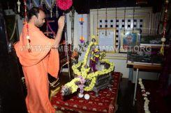 Navaratri-Dasara-Hombuja-Humcha-Jain-Math-2018-Day-09-0011