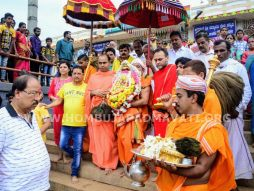 Navaratri-Dasara-Hombuja-Humcha-Jain-Math-2018-Day-10-0013