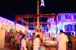 Hombuja-Humcha-Jain-Math-Parshwanath-Padmavati-Laksha-Deepotsava-2018-Day-03-0016