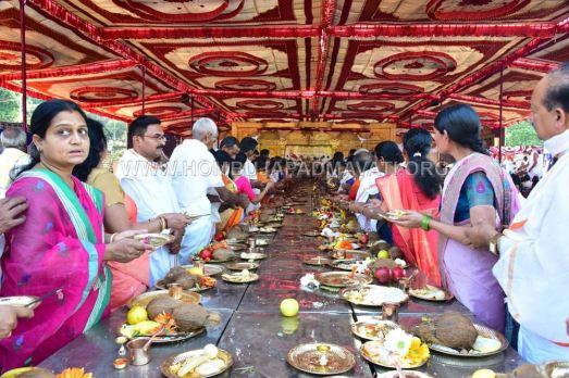 Acharya-Shanthisagar-Maharaj-Diksha-Shatamanotsava-Procession-Function-Aradhane-Humcha-Hombuja-Jain-Math-0011