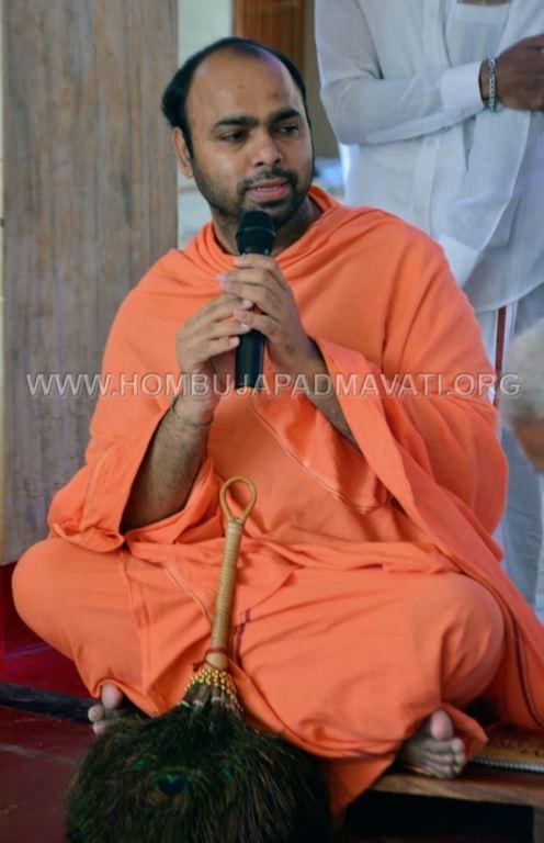 Humcha-Hombuja-Digambar-Jain-Math-Ugdi-Special-Pooja-0017