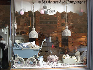 merchandising boutique : vitrine d'un commerce