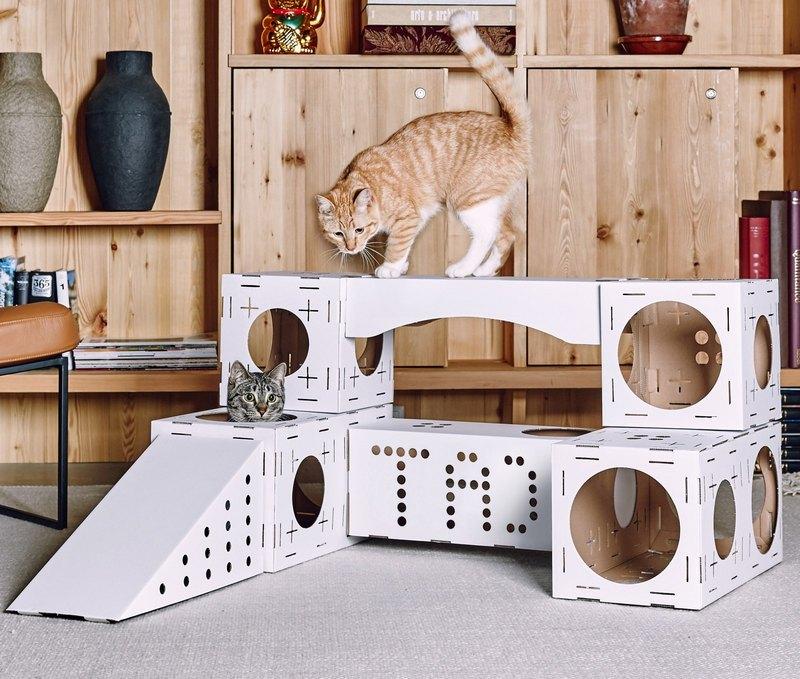 игровая зона для кота с картона